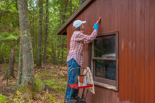 Choosing the Right Color For Painting your Shed