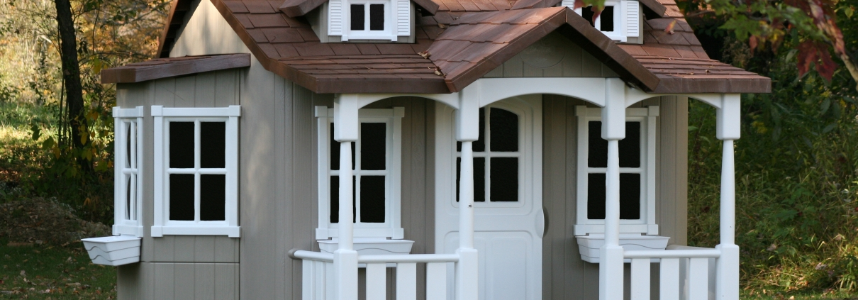 5 of the Coolest Shed Playhouses Ever