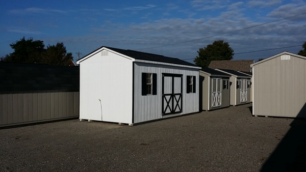 10 x 20 x 8 cottage