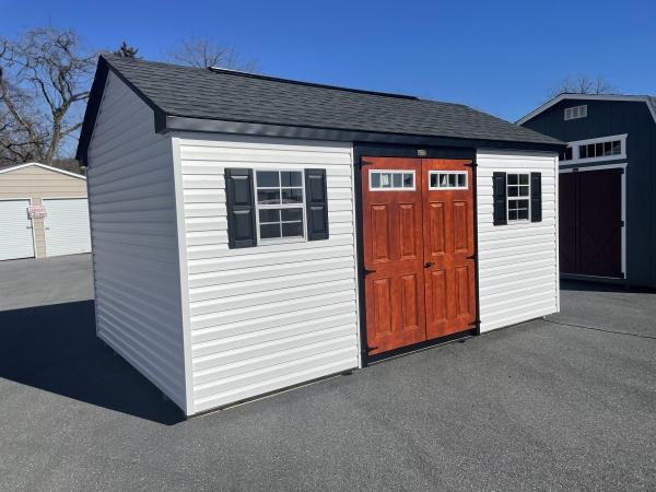 10x16 vinyl cottage